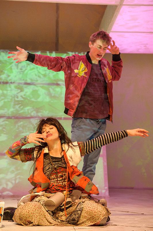 Tschick/ Szenenfoto/ Theater der Jugend, Wien